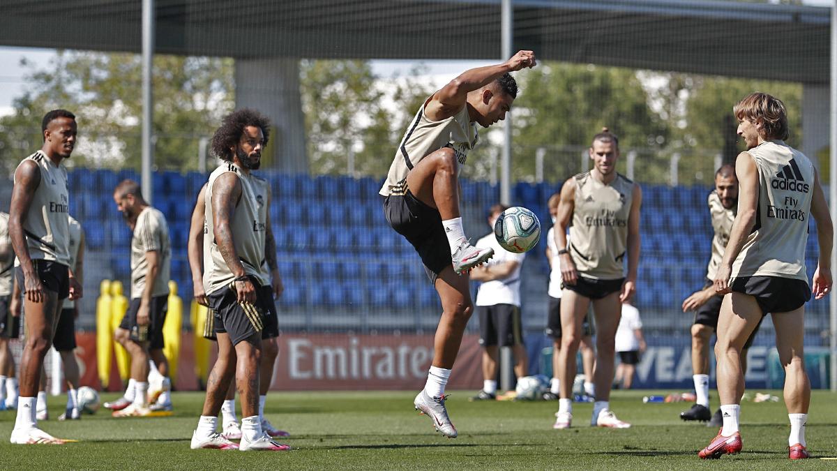 ريال مدريد,اخبار ريال مدريد,تشكيلة ريال مدريد,ريال مدريد ضد ليجانيس,ريال مدريد اليوم,مباراة ريال مدريد,تشكيلة ريال مدريد اليوم,صفقات ريال مدريد,الريال مدريد,ملخص ريال مدريد,تشكيلة ريال مدريد ضد فالنسيا,تشكيلة ريال مدريد المثالية ضد فالنسيا,تشكيلة ريال مدريد المثالية ضد فالنسيا 2020,تشكيلة ريال مدريد المحتملة ضد فالنسيا,كيف ستكون تشكيلة ريال مدريد المثالية ضد فالنسيا,ملخص مباراة ريال مدريد ضد ليغانيس,تشكيلة ريال مدريد المثالية ضد فالنسيا 18-06-2020,ريال مدريد ليجانيس,عاجل ريال مدريد